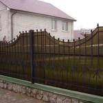 Как построить забор из поликарбоната своими руками