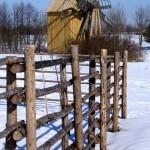 Забор из жердей: простой, но функциональный