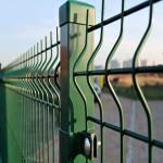 Заборы из сварной сетки гиттер: оптимально для дачи