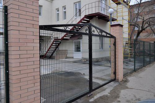 Забор для детских учреждений