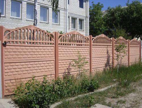 Выбираем бетонный забор