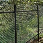 Как поставить сетчатый забор на даче