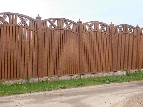 красивый забор из лиственницы_01