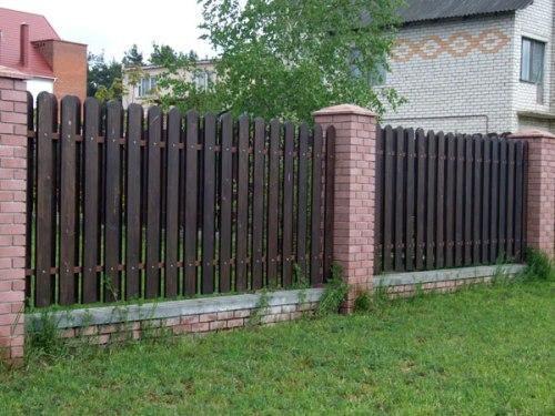 красивый забор из лиственницы_04