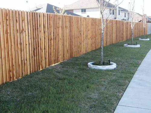 красивый забор из лиственницы_05