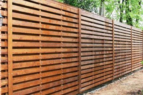 красивый забор из лиственницы_06