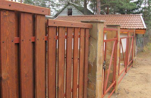 красивый забор из лиственницы_09