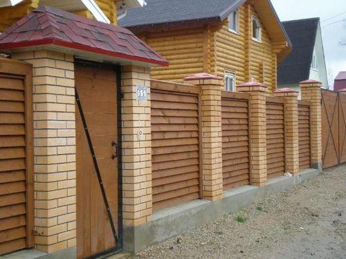 красивый забор из лиственницы_10