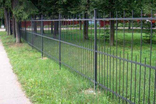 Выбираем решетчатый забор