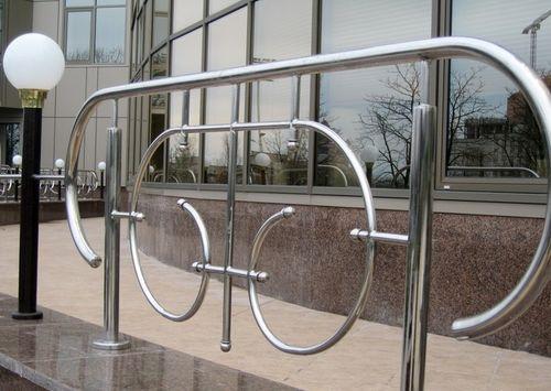 Выбираем забор из нержавеющей стали